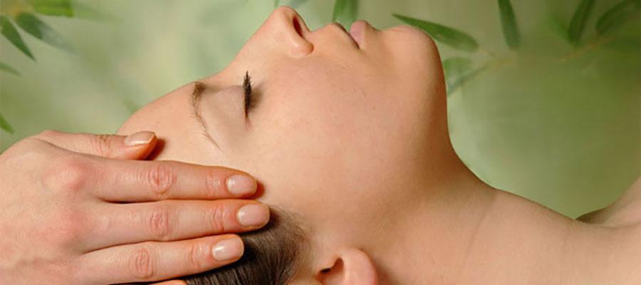 Специальный массаж для сияния волос