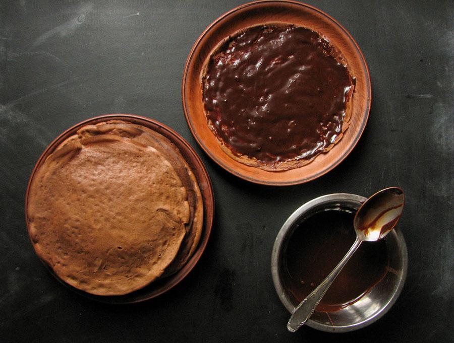 смажьте блины шоколадным кремом | silady.ru